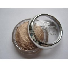 extreme pearl eye shadow von p2 Cosmetics