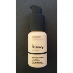 Serum Foundation von The Ordinary.
