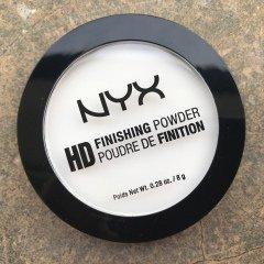 HD Finishing Powder von NYX