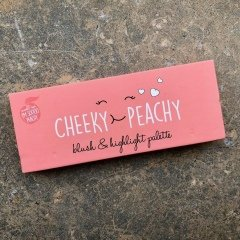 Cheeky Peachy Peach Blush & Highlight Palette von Primark