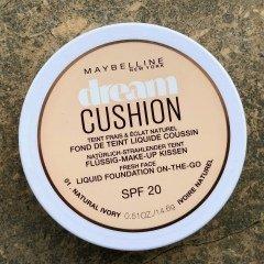 Dream Cushion Flüssig Make-up Kissen SPF 20 von Maybelline