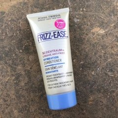 Frizz Ease - Seidentraum - Hydration Conditioner von John Frieda