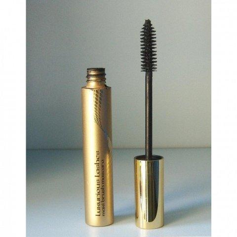 Luxurious Lashes Maxi Brush Mascara von KIKO