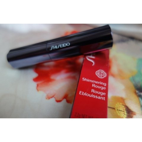 Shimmering Rouge von Shiseido