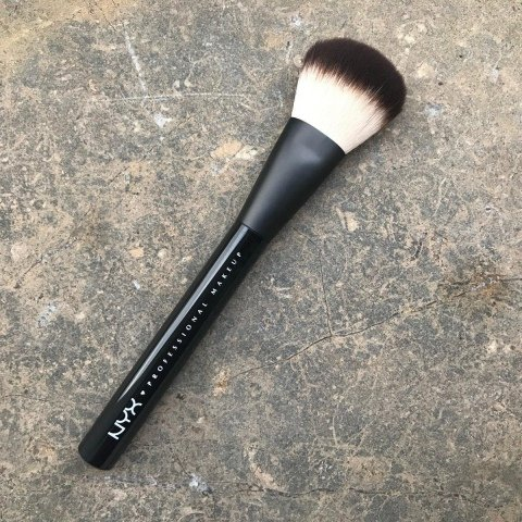 02 Pro Powder Brush von NYX