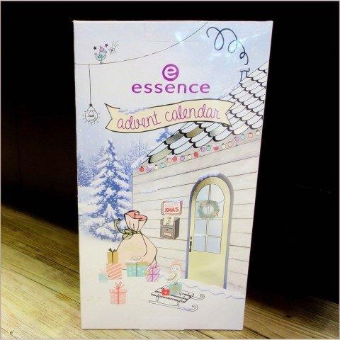 Advent Calendar 2017 von essence
