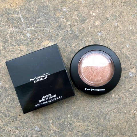 Mineralize Skinfinish von M·A·C