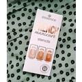 French Manicure - Stencils von essence